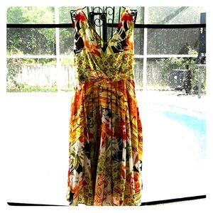 Flattering & feminine Spence dress